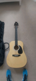 Ridgewood beginner acoustic guitar set