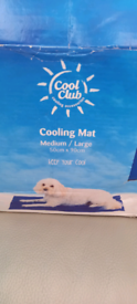 Dog cooling mat and pop up tent.
