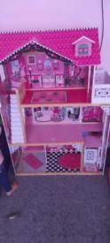 Kidkraft Amelia wooden dolls house