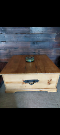 Mexican pine coffee table with storage Wooden trunk
