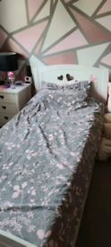 Single bed with storage drawer and mattress