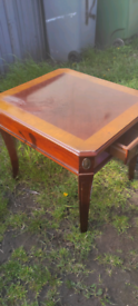 End table, Lamp table