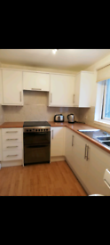 2 bedroom west end flat with secure parking