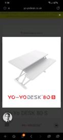 Slim desk riser (Yo-Yo Desk)