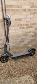 Segway ninbot max g30 escooter