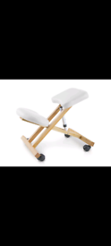 Ergonomic kneeling chair with 3 positions WHITE