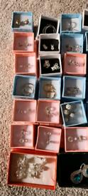 Job lot 34 pairs of earrings