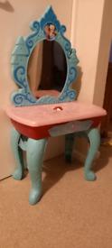 Frozen dressing table