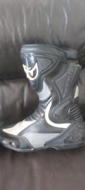 Berik motorcycle boots (11)