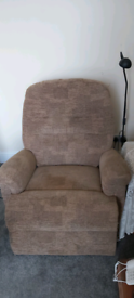 Electronic Rise and reclining arm chair.
