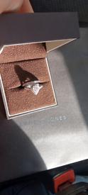 Tear drop/ pear drop engagement ring & wedding ring bridal set size M.