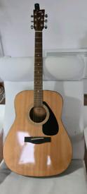 Lovely Yamaha acoustic guitar F310