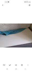 Single Divan bed base and Dreams mattress