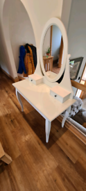 WHITE IKEA HEMNES DRESSING TABLE & STOOL