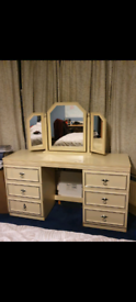 Cream 6 draw dressing table with mirror and small side unit
