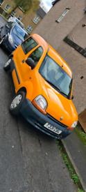 "Renault kangoo ""immaculate, low miles"""