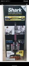 Shark Anti Hair Wrap Cordless Vacuum cleaner icz160uktt Twin Battery