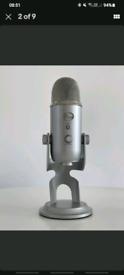 Blue Yeti Microphone O.N.O