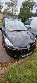Auto Renault Clio - 5 door diesel