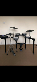 Yamaha DTX-700 Electronic Drumkit