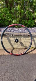 Giant xct 27.5 front wheel, tubeless