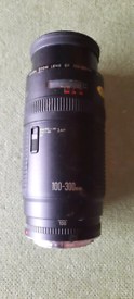Photography Canon zoom lens 100/300