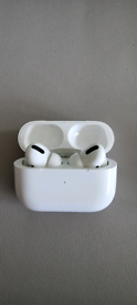 Air Pods Pro - Excellent condition