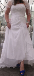 White A-line wedding gown, shoes and veil for sale!!