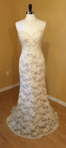 Elegant French Lace Wedding Gown - Jim Hjelm Original