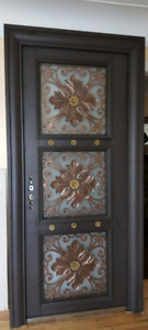 Front door  brand new only for $ 2500