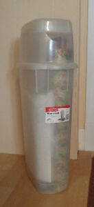 Rubbermaid 'Wrap n Craft' & access.