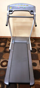 LIKE NEW !!! Tunturi FOLDING T 3.5 J Treadmill SEE VIDEO Kitchener / Waterloo Kitchener Area image 4