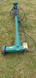 Electric weeding tool