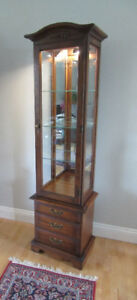 Solid Walnut Meubles Furniture Strathroy Lighted Curio Cabinet