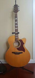 Takamine EG523SC Acoustic/Electric Guitar