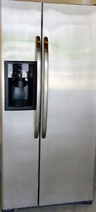 REFRIGERATOR GE USED VERY GOOD SIDE BY SIDE