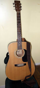 Excellent Condition Acoustic Guitar and Guitar Strap