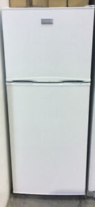 "Frigidaire apartment size fridge 24""Wx60""Hx25""D PRICE $299"