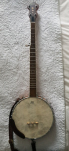 Banjo - Five String, with extras