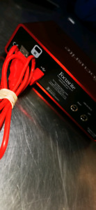 Focusrite Scarlet 2i2 (2nd Gens)