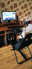Logitech G920 Steering Wheel,pedals.Plus Gaming seat