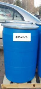 Large clean food grade plastic barrels for shipping/storage $35