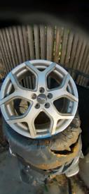 Alloy wheel x1 . Fox 18in alloy . Fits Ford 5 stud