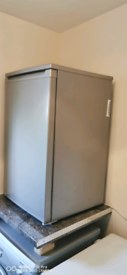 Electra freezer under the counter /on top