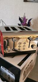 Morphy Richards 4 slice toaster excellent