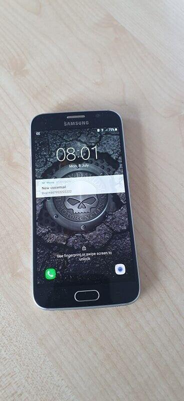 Samsung Galaxy S6 Flawless Condition Except Broken Rear