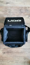 💻2 x UDGGEAR. COM-EQUIPMENT FOR DJ
