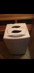 PORTABLE  washing machine (Danby)