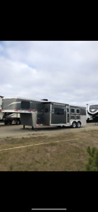 Lakota Charger Edition 3 Horse trailer