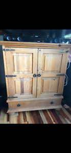 Solid wood chest! Steal of a deal!! Great price of furniture